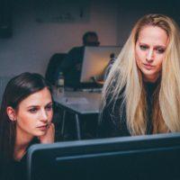 desiign is looking for UI/UX Designers